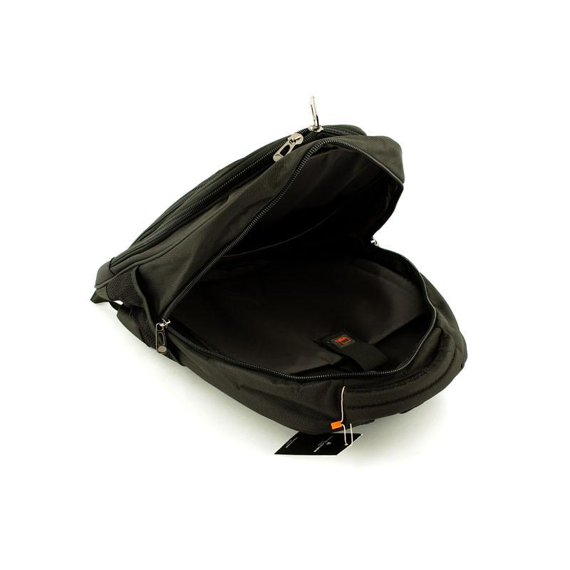 18e3bb49f8956 Solidny plecak na laptop david jones